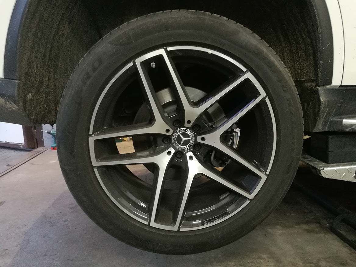Wymiana opon w Mercedesie GLC Coupe