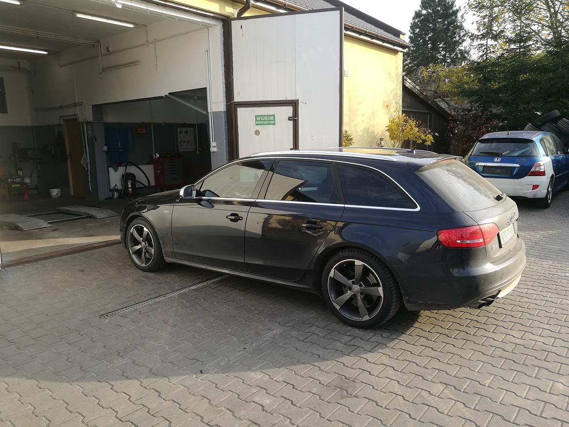 Wymiana opon w Audi A4